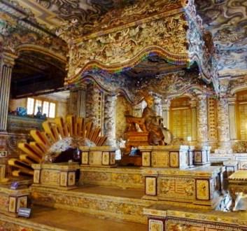 Hue Day Tour Tomb of Khải Định (6)