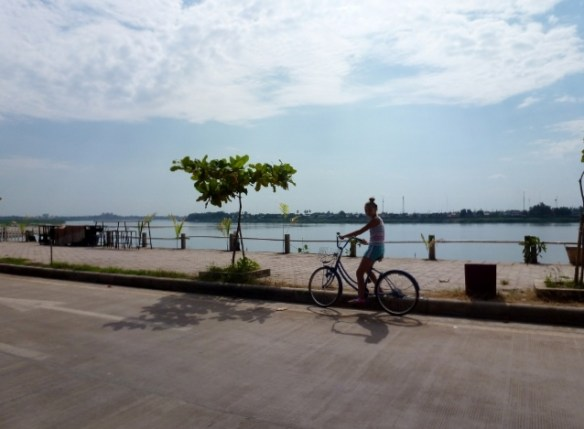 Sengtawan Riverside Hotel Bikes