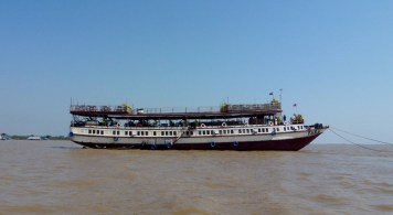 Big Tara Riverboat and lunch (7)