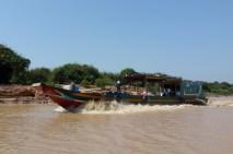 Floating villages Siem Reap (4)