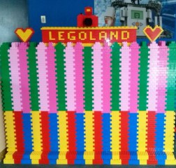 Easy Access to Legoland Malaysia from Kuala Lumpur or Singapore. Read more on WagonersAbroad.com Johor-Bahru-Legoland-Malaysia-36