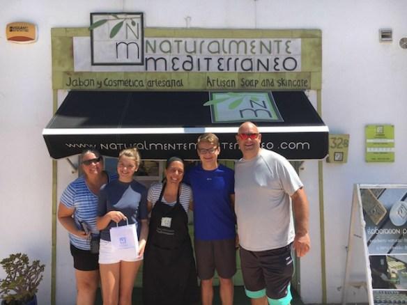 Naturalmente-Mediterraneo-with-the-Wagoners-at-the-studio-2