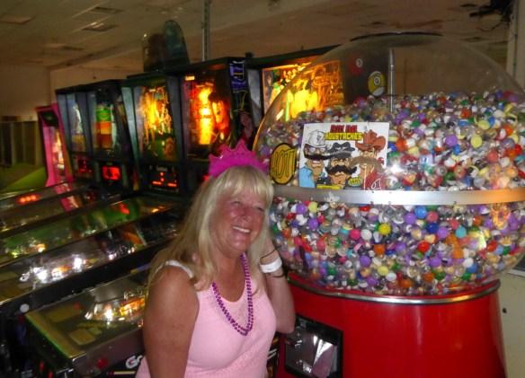 Gma Bev 75 Bday Utah summer 2017 - Pinball Hall of Fame Las Vegas Pinball Museum