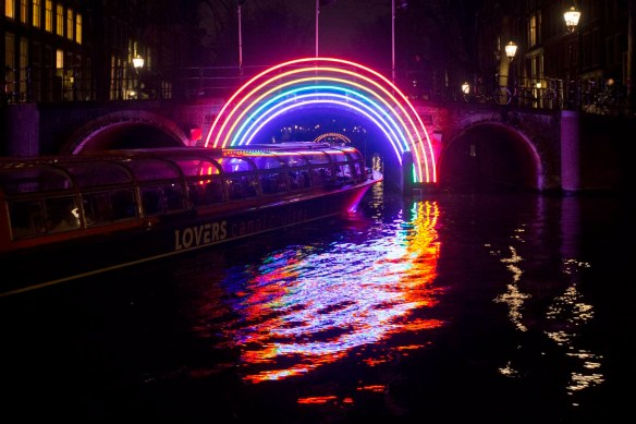 Amsterdam light festival. photo credit http://darkroom-cdn.s3.amazonaws.com/2016/11/APphoto_Netherlands-Amsterdam-Light-Festival-4.jpg