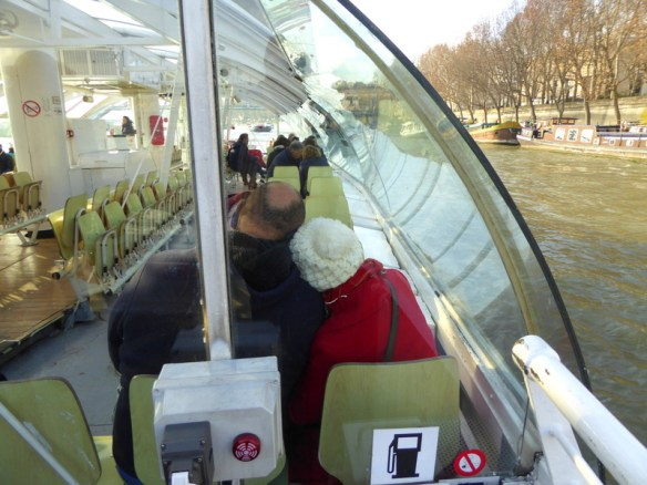 Christmas Paris hop on hop off boat cruise