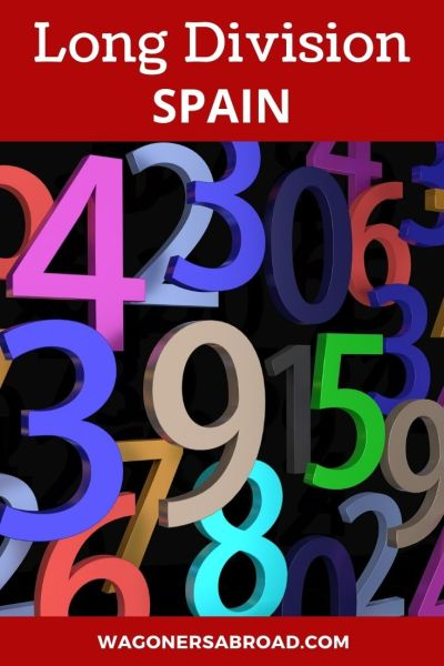 An explanation and video in English showing long division in Spain or division in Spanish style & videos of how to divide in the US too. Read more on WagonersAbroad.com