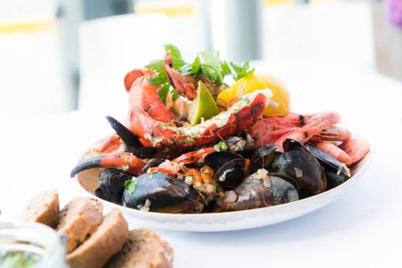 "Shellfish and seafood is called ""los mariscos"""