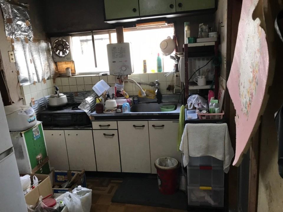 撤去前のキッチン