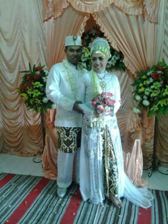 Pernikahan Mbak Asih