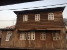Colonial structures
