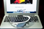 SGD$450 POLARIZED RADARLOCK™ PATH SKU# OO9181-20 Singapore Color: Matte White/Grey Polarized & VR28 Black Iridium