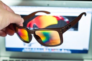 Polarized lenses flaring phenomenon when put to a computer screen.