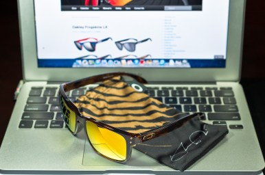 SHAUN WHITE SIGNATURE SERIES HOLBROOK™ SKU# OO9102-34 Color: Brown Tortoise/24K