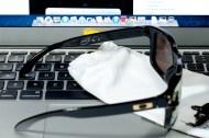 SHAUN WHITE SIGNATURE SERIES HOLBROOK™ SKU# OO9102-08 Color: Polished Black/24K Iridium