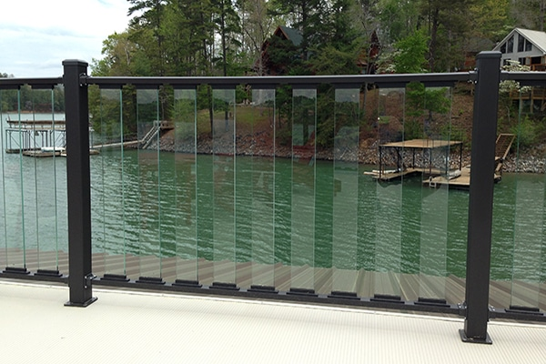Wahoo Glass Rail