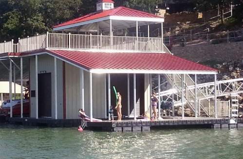 Wahoo-Docks-Boat-House