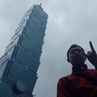 Melihat Taipei 101 yang Menawan
