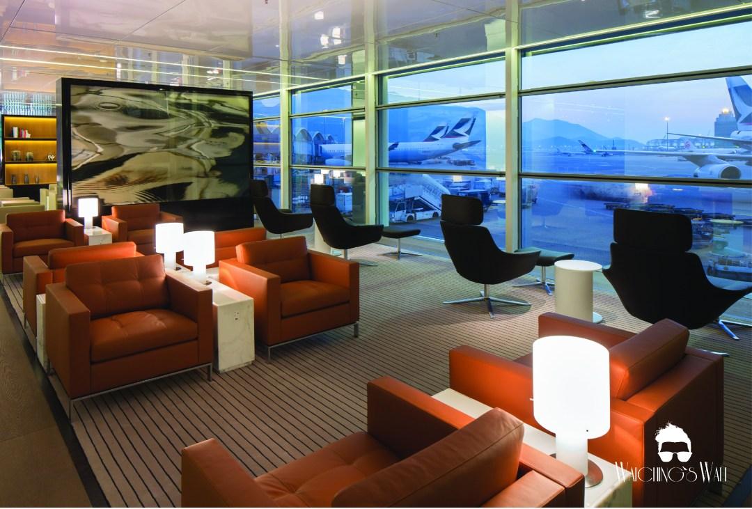 Cathay Pacific Airways_Travel Blogger_Vancouver Dubai_Waichings Wall-04