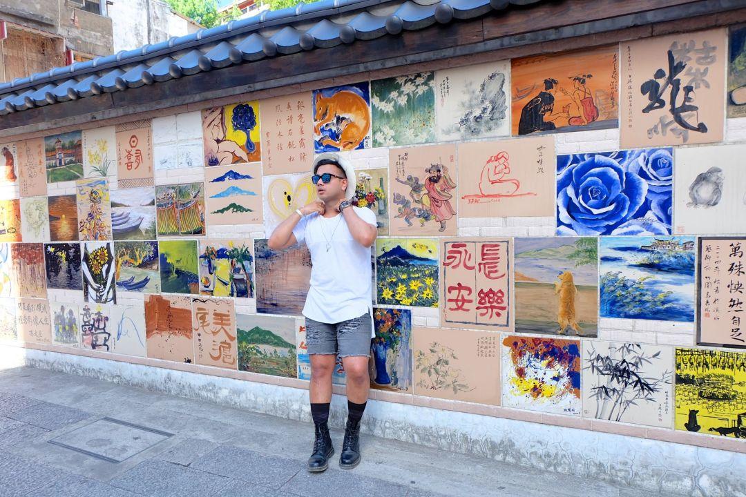Jonathan Fashion Blogger in Taiwan_Style_TRAVEL BLOGGER CANADA_8