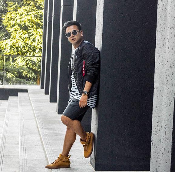 Top Fashion Blogs-Waichings Wall Canada