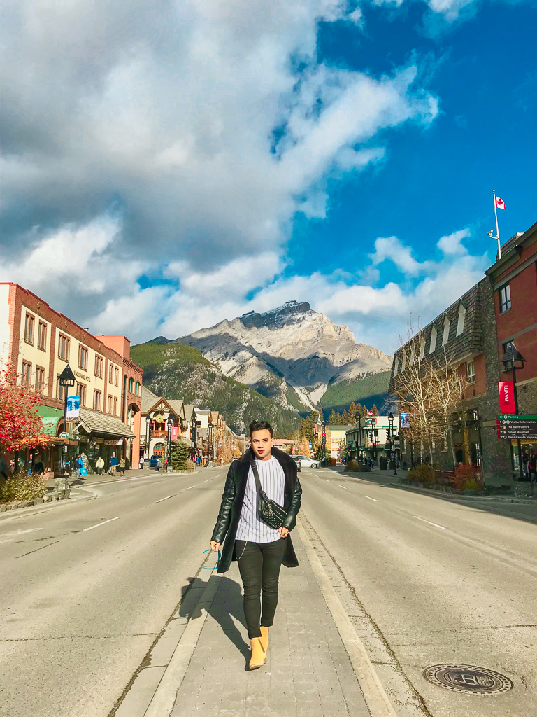 Banff Alberta Travel Guide_Things to do in Banff Travel Influencer_Canadian Influencer_Vancouver_Jonathan Waiching Ho_26