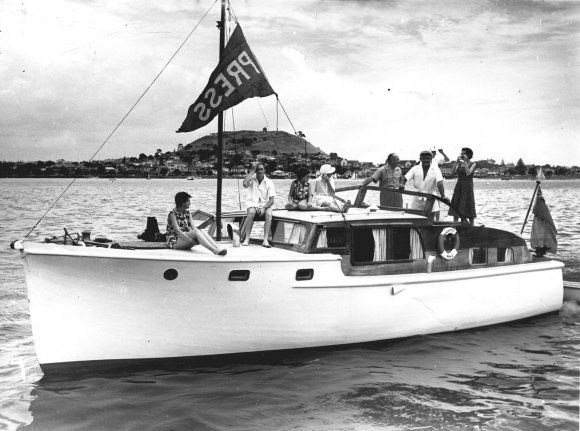 1958 Akl Anniversary Regatta press boat