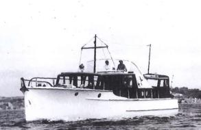 With cockpit dodger,flybridge & bow rail
