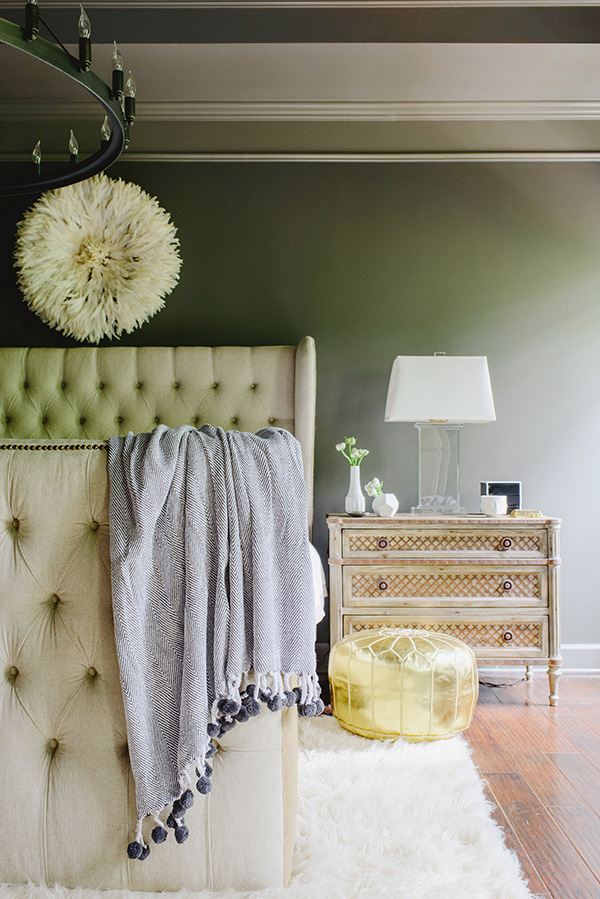 Grey Walls, Light Bedding Waiting On Martha