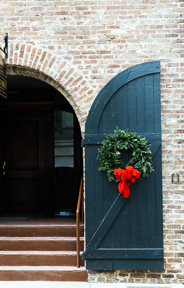 Holiday wreath in Charleston
