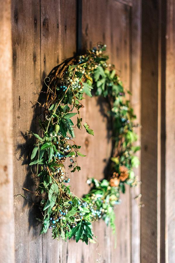 Natural holiday wreath, Waiting on Martha