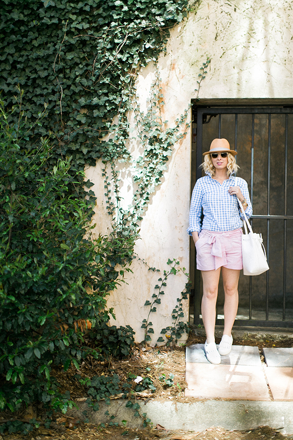Gingham and linen outfit for The Masters | Waiting on Martha