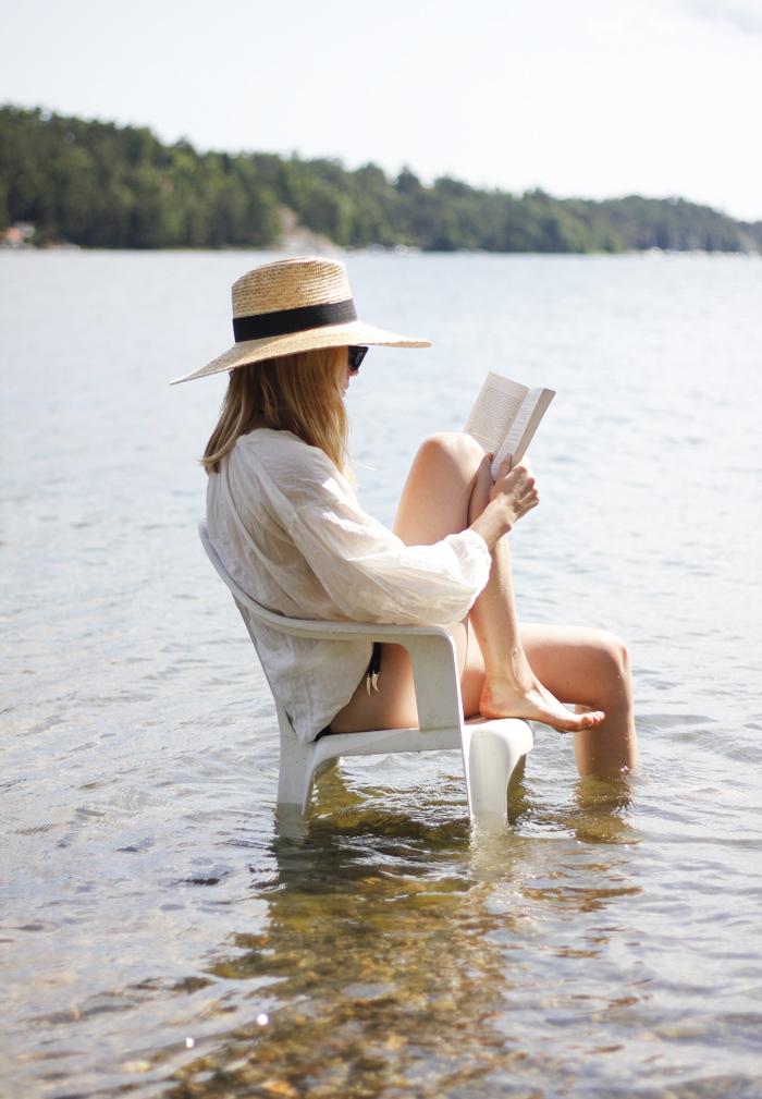 Reading on vacation, Waiting on Martha