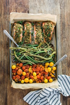 One-Sheet Herb Crusted Salmon with Green Beans & Heirloom Cherry Tomatoes, recipe by @waitingonmartha