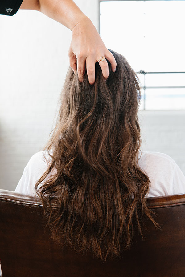 Easy 5 minute hair tutorial by @waitingonmartha