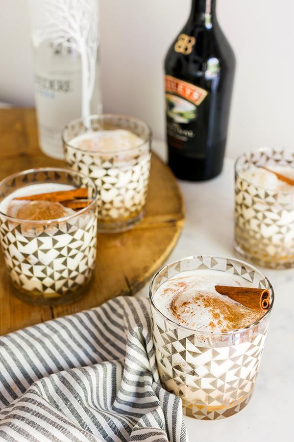 White Russian recipe by @waitingonmartha