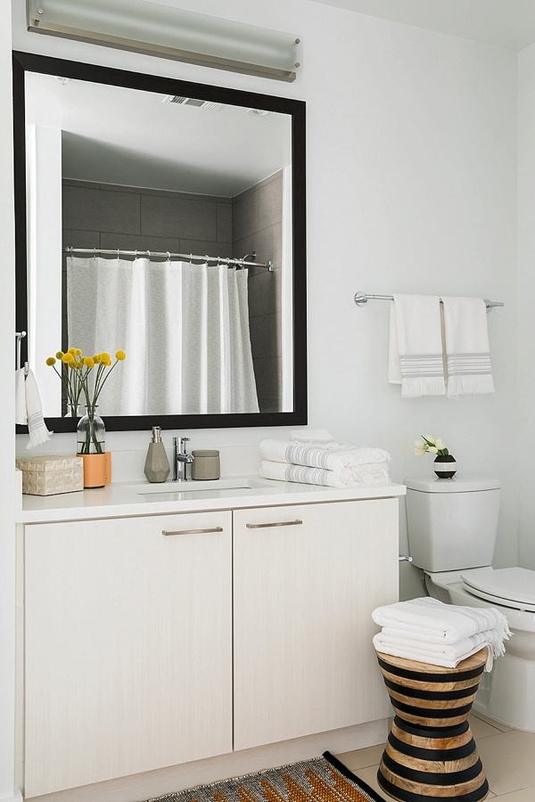 Chic bathroom styling, @waitingonmartha