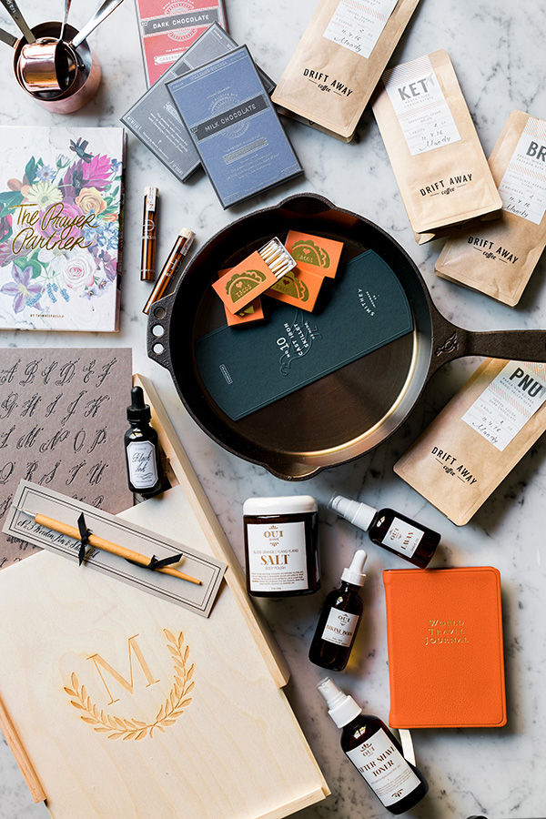 The Holiday Gift Guide, including the perfect skillet, a coffee subscription and at home calligraphy set!