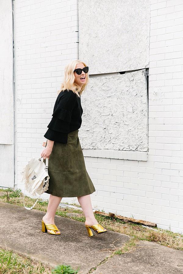 Gold Gucci heels and white fringe bag, waitingonmartha.com