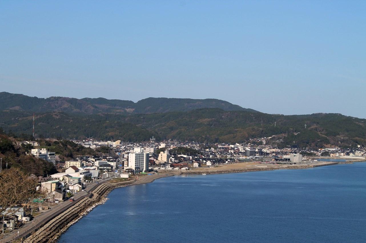 今朝の輪島(4月18日:快晴 最高気温予報21℃)
