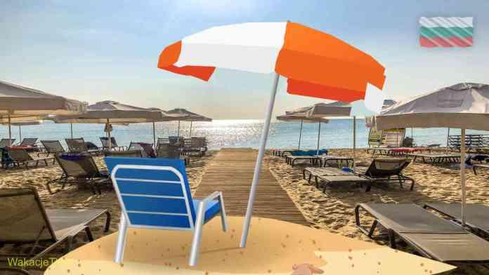 Plaża w Bułgarii z parasolami