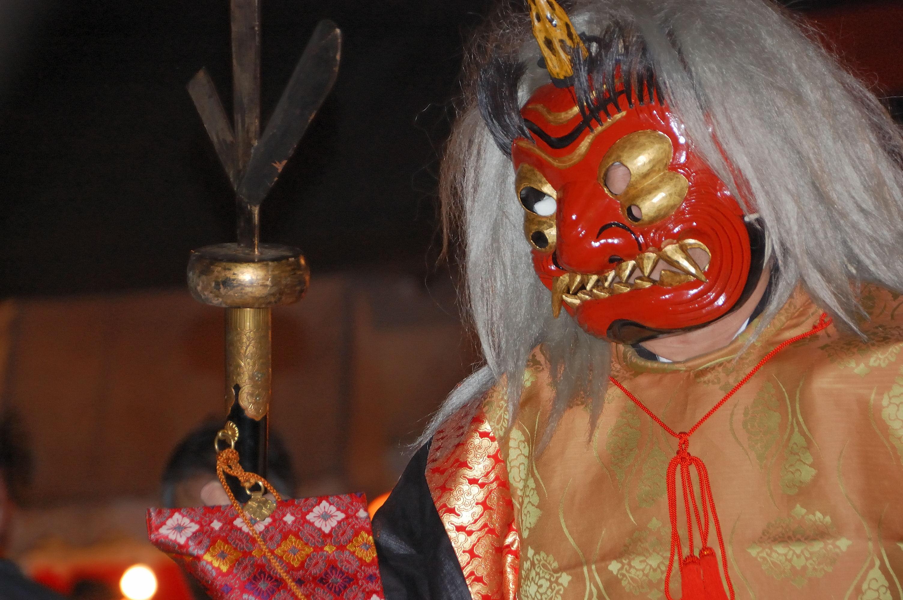 黃金の目を持つ方相氏・吉田神社   wakasa15thfd