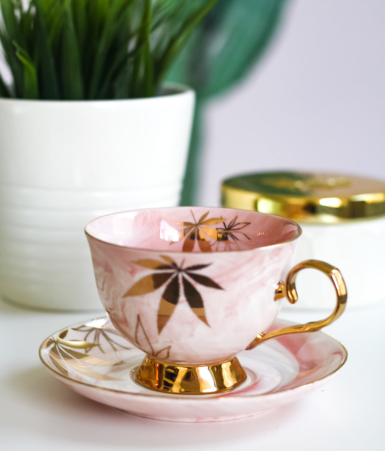 Golden Cannabis Leaf High Tea Cup & Saucer Set