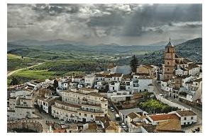 Spain:  Man Throws 12 Kilos Of Hashish From Car And Flees