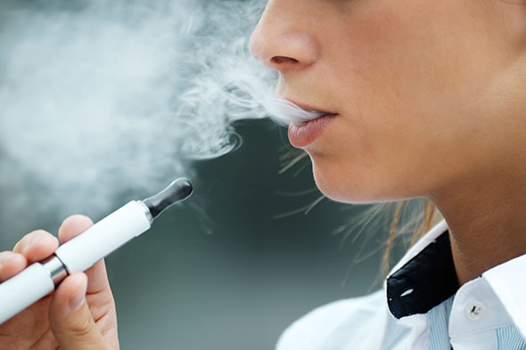 ecigarette-vaping-GettyImages-467090685