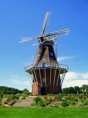 de_zwaan_windmill_in_holland_michigan