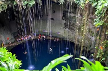 cenote-352118_1920
