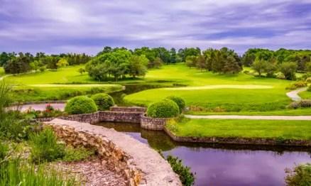 golf-course-1824369