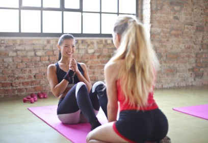 yoga-weightlifting-fitness-4