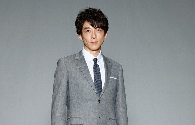 高橋一生の衣装「東京独身男子」