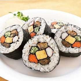恵方巻きの鮭とアボガド